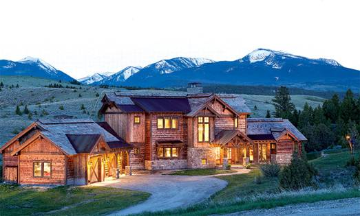 Custom Timber Home Getaway in Montana